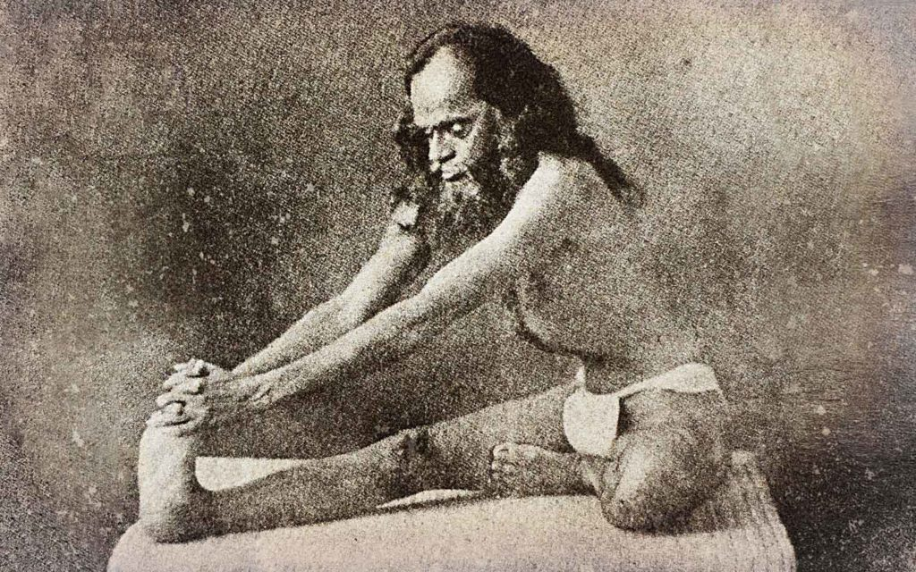Arthur Avalon was one of the first westerner to practice hatha yoga. Here is performing maha mudra.