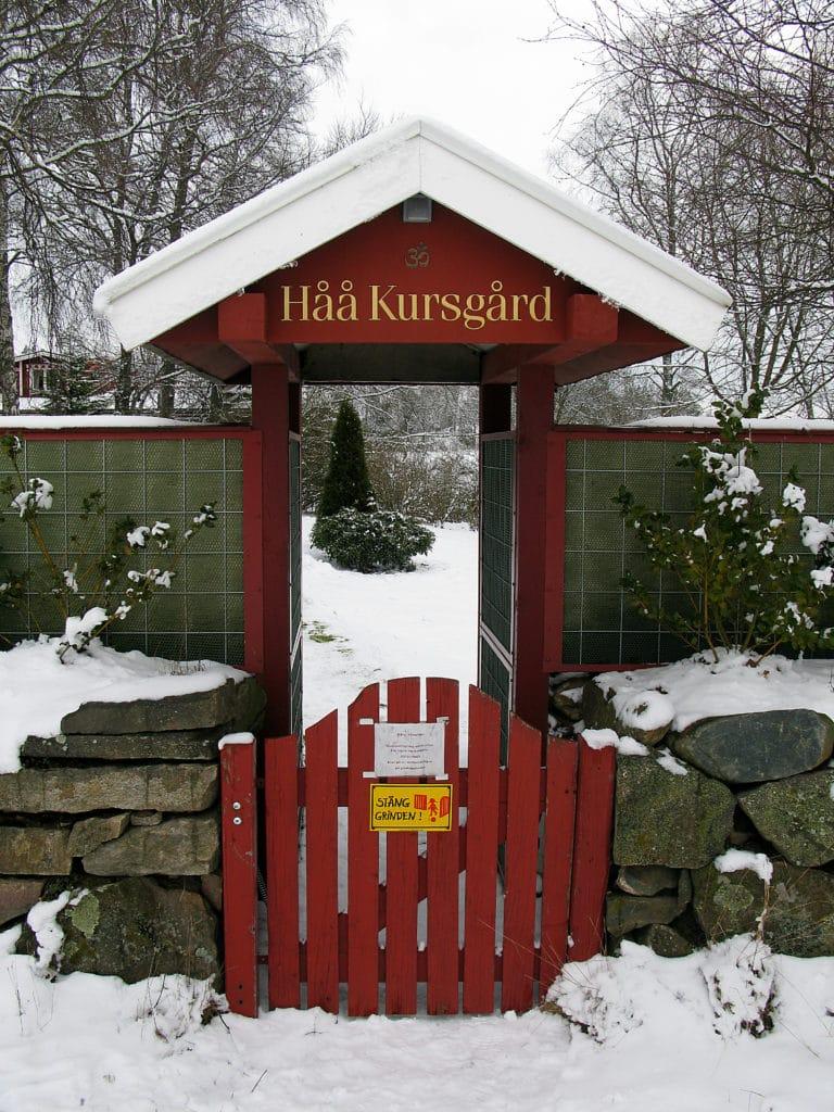 The entrance to the garden of Haa Course Center