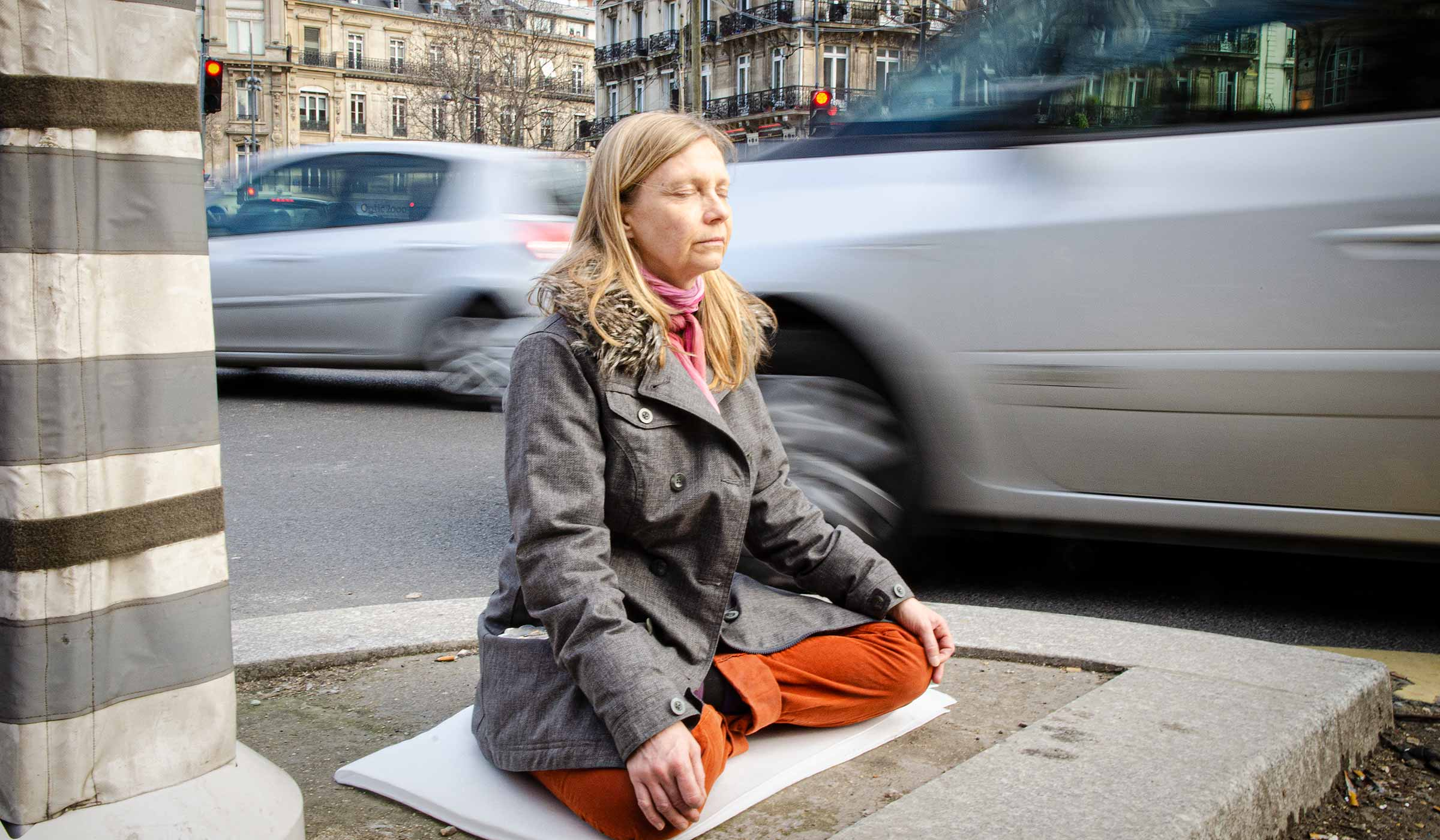 Inner Silence meditation in the middle of a city.